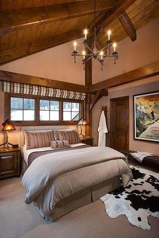 Slope Side-Bedroom