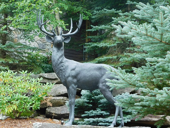 Deer Statue (2)